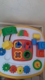 Mesa de brinquedo educativa marca Calesita