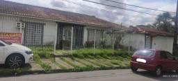 //Alugo ou vendo mansão no Parque das Laranjeiras próxima à Praça de alimentação