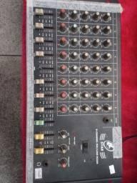 Mesa de som LL 8 canais