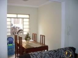 (Suellen) - Ótima Casa Geminada no Bairro Dona Clara !!!