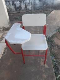 Título do anúncio: Cadeira escolar