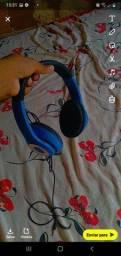 Vendo fone de ouvido de segunda mão novo hoje por 30 reais