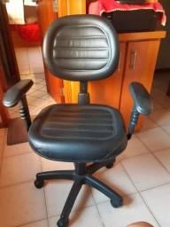 Título do anúncio: Cadeira de escritorio