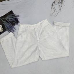 Calça alfaiataria listrada cintura alta