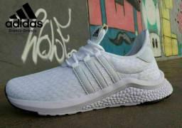 Tênis Adidas ( 38 ao 43 ) -- 4 Cores Disponíveis