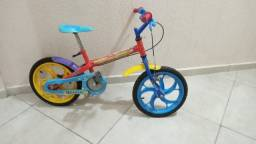 Bicicleta do Lucas Neto