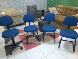4 cadeiras escritório/recepção