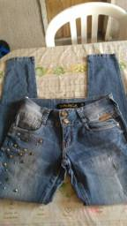 2 calças por 15 reais