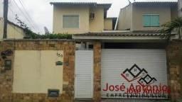 Casa Duplex/Nova para Venda em Niterói / RJ no bairro Maravista