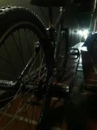 Bike aro 24 pra agora troca freio e catraca apenas