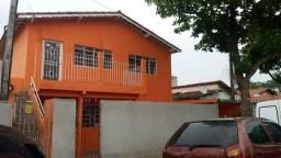 Aluga-se casa vila machado