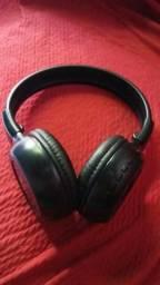 Headphone Bluetooth R$150,00