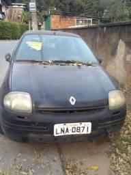 Renault Clio 1.6 8v - 2001