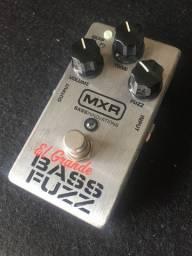Pedal MXR Bass Fuzz