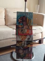 Porta revistas/ revisteiro