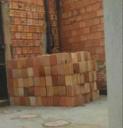 Vendo 700 tijolos. Informações na descrição.