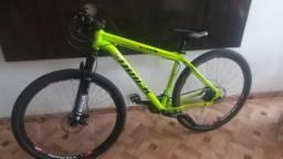 Bicicleta nova sem marca