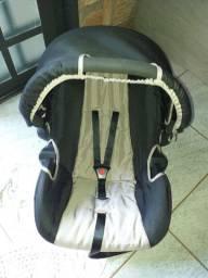Vendo um bebê conforto