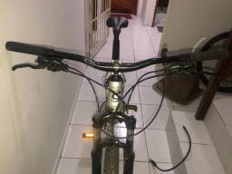 Bicicleta cannondale trail 6 (4,000)
