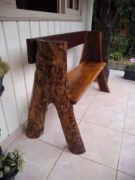 Banco rústico feito com madeira !!!