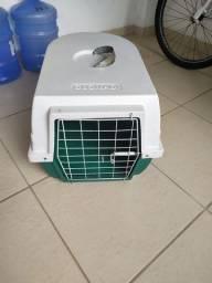 Cx para transporte de cães de porte médio, usava para transportar um Bulldog francês