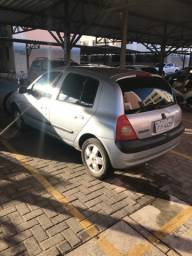Renault clio completo