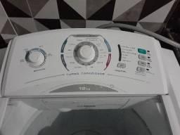 Maquina de Lavar Turbo Electrolux 12Kg