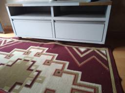Vendo armário de decoração com rodinhas embutidas