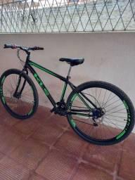 Bicicleta com apenas 1 meses