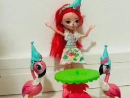 Lojinha da Bia - Linda boneca Enchantimal com acessórios