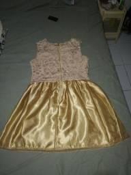 Vestido de renda Dourado