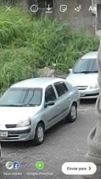 Renault clio sedan...