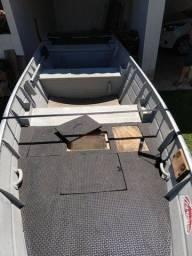 Vendo barco 5 metros