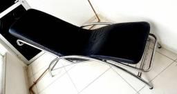 Chaise Longue Aço Inox com Couro