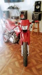 Vende-se moto BROS 2007 top de linha.