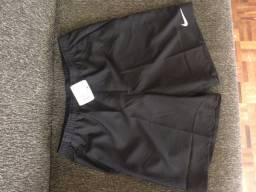 Bermuda Nike M nova