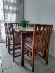 Mesa linda para reunir a família e amigos