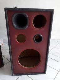Vende se caixas de som