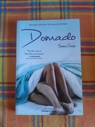 Livro Domado de Emma Chase