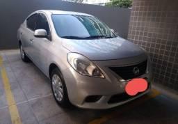 Versa Nissan 2014