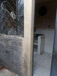Realengo : ACEITO R$ 20.000 DE ENTRADA   boa quitinete vazia de vila na rua leocádia