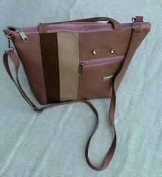 Bolsa feminina de mão e transversal