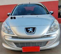 Peugeot 207 1.4 completo 2013