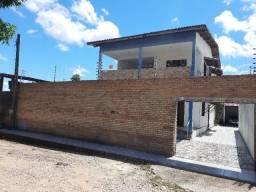 Duplex com excelente espaço Ideal para clinica na rua da Upa Caucaia