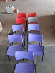 Cadeiras semi novas