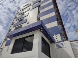 Apartamento de dois quartos para alugar em Intermares.