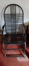 Título do anúncio:  Cadeira de balanço preta