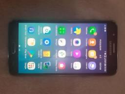 Celular j7 16 GB