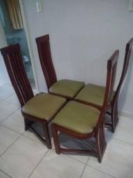 4 cadeira de madeira nova promoção 450