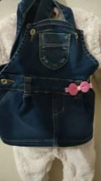 Jardineira jeans  bebe troco